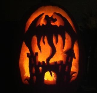 dragon-castle-pumpkin-carving